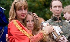 Серсея с дочерью Мирцеллой