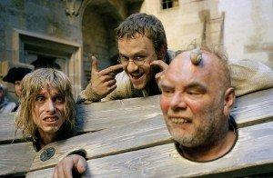 Слева направо: Макензи Крюк, Хит Леджер и Ричард Ридингс