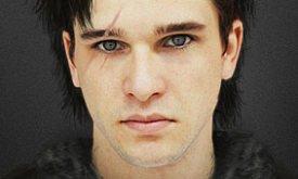 Кит Харрингтон (Kit Harington) — Джон Сноу, с серыми глазами
