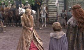 Королева Серсея Ланнистер перед семейством Старк