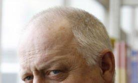 Роберт Пью (Robert Pugh), Крастер