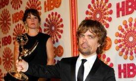 Питер Динклейдж после вручения Эмми 2011 на вечеринке HBO