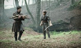 game-of-thrones-more-season-2-images-gallery-15
