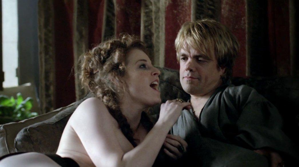 Кхалиси и кхал занимаются сексом в сериале игра престолов