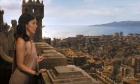 Вид на Королевскую гавань из Башни десницы?