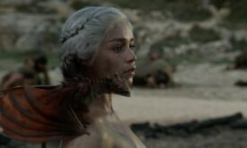 Дрогон в первом сезоне сериала