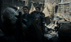 Они же смотрят на трупы в Харренхоле (или это теперь везде такие стены будут?)