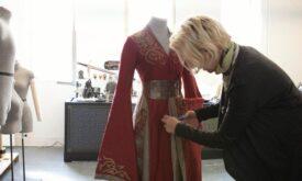 Мишель Клэптон с костюмом Серсеи