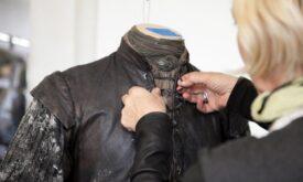 Мишель Клэптон с костюмом Робба