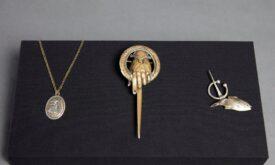 Медальоны и броши: Серсеи, десницы и кого-то из Талли