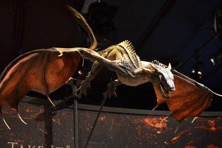 Студия компьютерных спецэффектов Pixomondo претворяет в жизнь драконов и Белых ходоков. На фотографии дракон в версии третьего сезона.