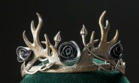 Корона Маргери с цветами и рогами
