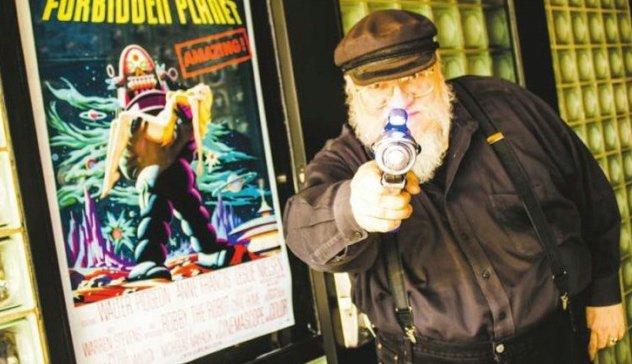 Джордж Мартин в «Жане Кокто» с бластером