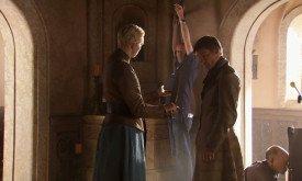 Памятная сцена. Джейме, Бриенна и меч.
