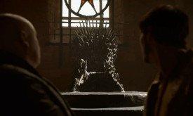 …смотрят на Железный трон.