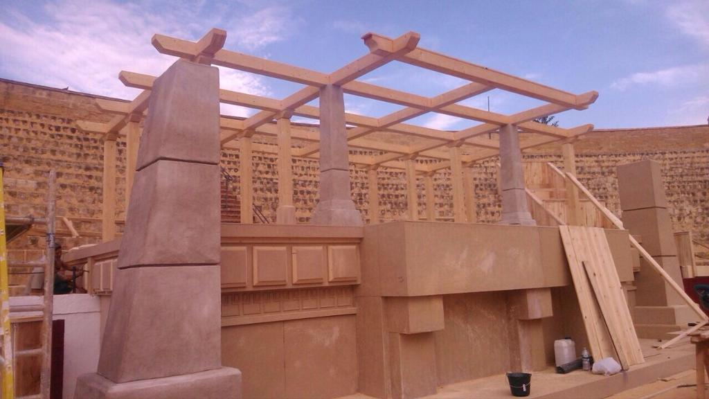Строительство в Осуне (фото 7 октября 2014 г.)