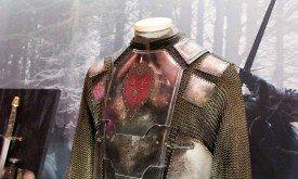Детали костюма Станниса (нажмите F)
