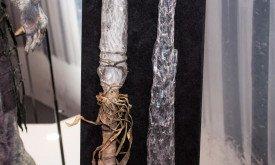 Копье и меч Иного (деталь)