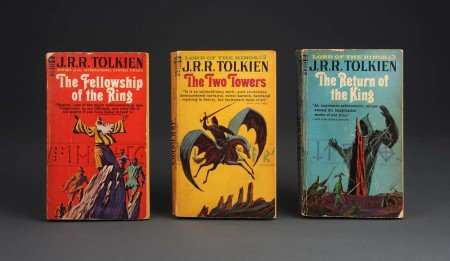 Первое пиратское издание «Властелина колец» в мягкой обложке (1-й т. 1965 г. издания)
