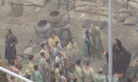 и мастер по опиуму для народа — жрица Кинвара (обратите внимание, что это в основном миэринская знать).