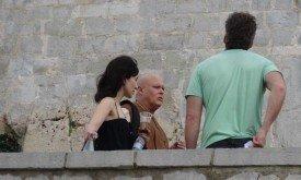 Сибель Кекилли болтает с варисом и Дэвидом Бньоффом