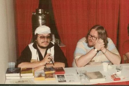 Джордж Мартин и Гарднер Дозуа в 1983 г. (фото  Frank Olynyk)