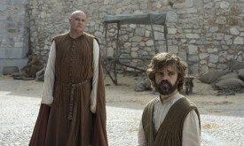 Тирион и Варис осматривают амбары