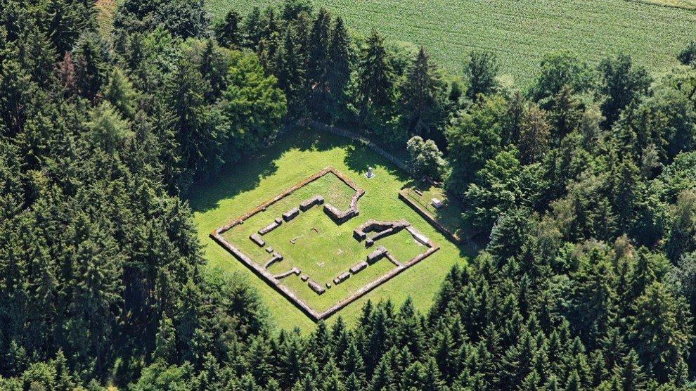 Фундамент римской крепости в Баварии