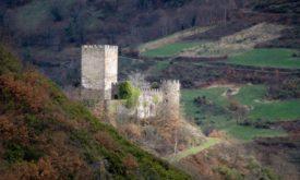 Замок Дойрах как пример архитектуры северной части Испании