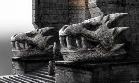 Беньофф и Вайс настояли на том, чтобы головы у ворот были выполнены в примитивном стиле: поэтому художественный отдел вдохновился искусством ацтеков