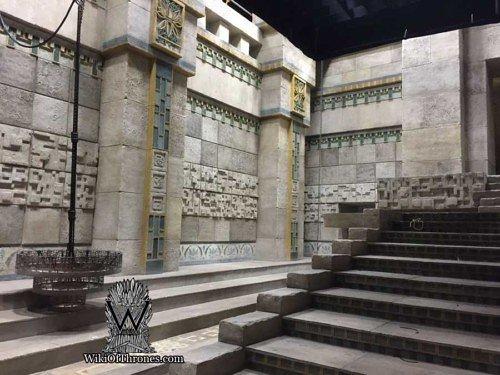 Декорации Миэрина