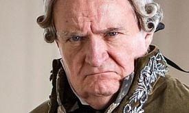 Джим Бродбент в роли князя Болконского, «Война и мир»