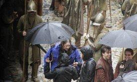 Яра под зонтиком (Касерес, 14 декабря)