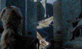 Ворота Драконьего Камня перед ней уже открыли