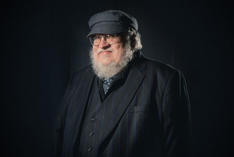 Portrait photoshoot at Worldcon 75, Helsinki, before the Hugo Awards: George R. R. Martin (фото Henry Söderlund)