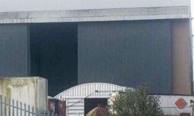 Фото из студии в Белфасте. Сообщается, что эта маленькая дотракийская хижина, а внутри стоит большая