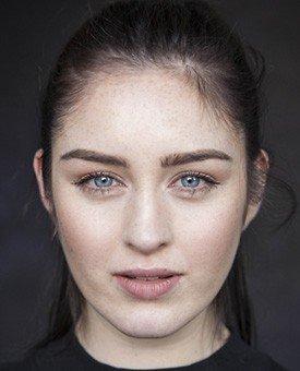 Даниелла Галлиган (Danielle Galligan) — Сарра