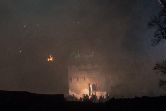 Ночные съемки в Маниглассе 26 января: в силуэтах угадываются солдаты Ланнистеров