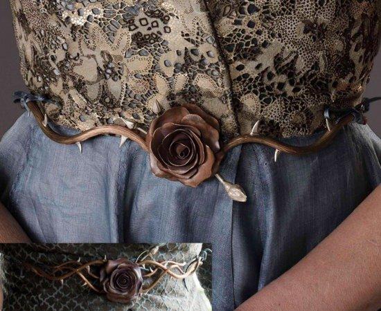 Пояс с розой (на вставке — пояс Оленны Тирелл)
