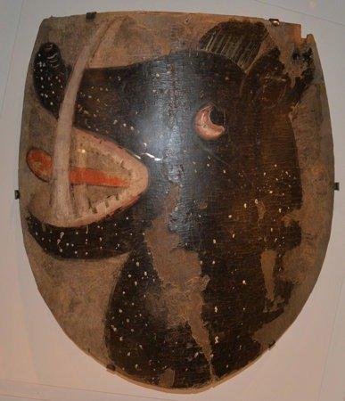 Шведский щит с головой вепря (XIV век)