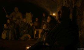 Все готовятся к прибытию Белых Ходоков. Варис вместе с женщинами и детьми прячется в крипте Винтерфелла.