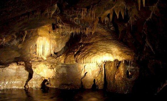 Пещеры Марбл Арк